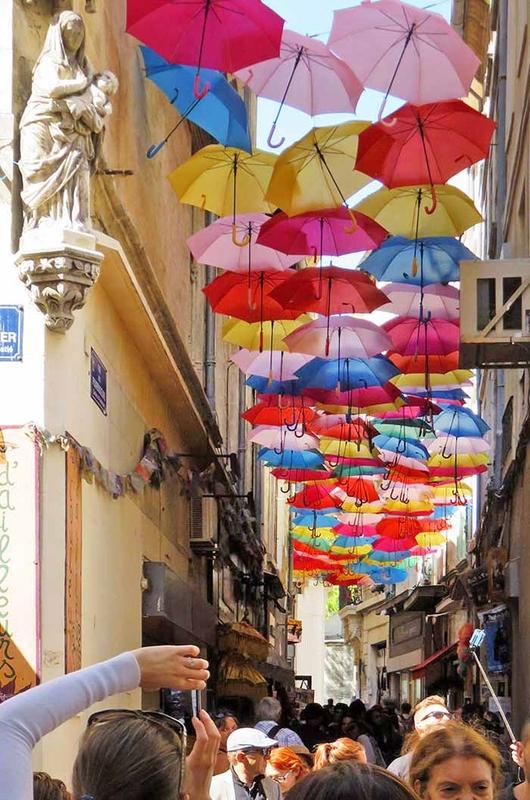 Umbrella Sky Project - Avignon'161