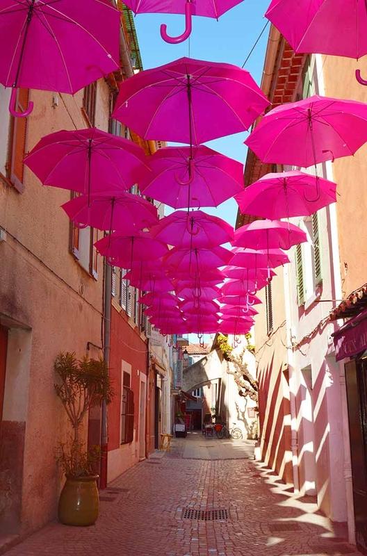 Pink Umbrella Sky - Sanary-sur-Mer'162