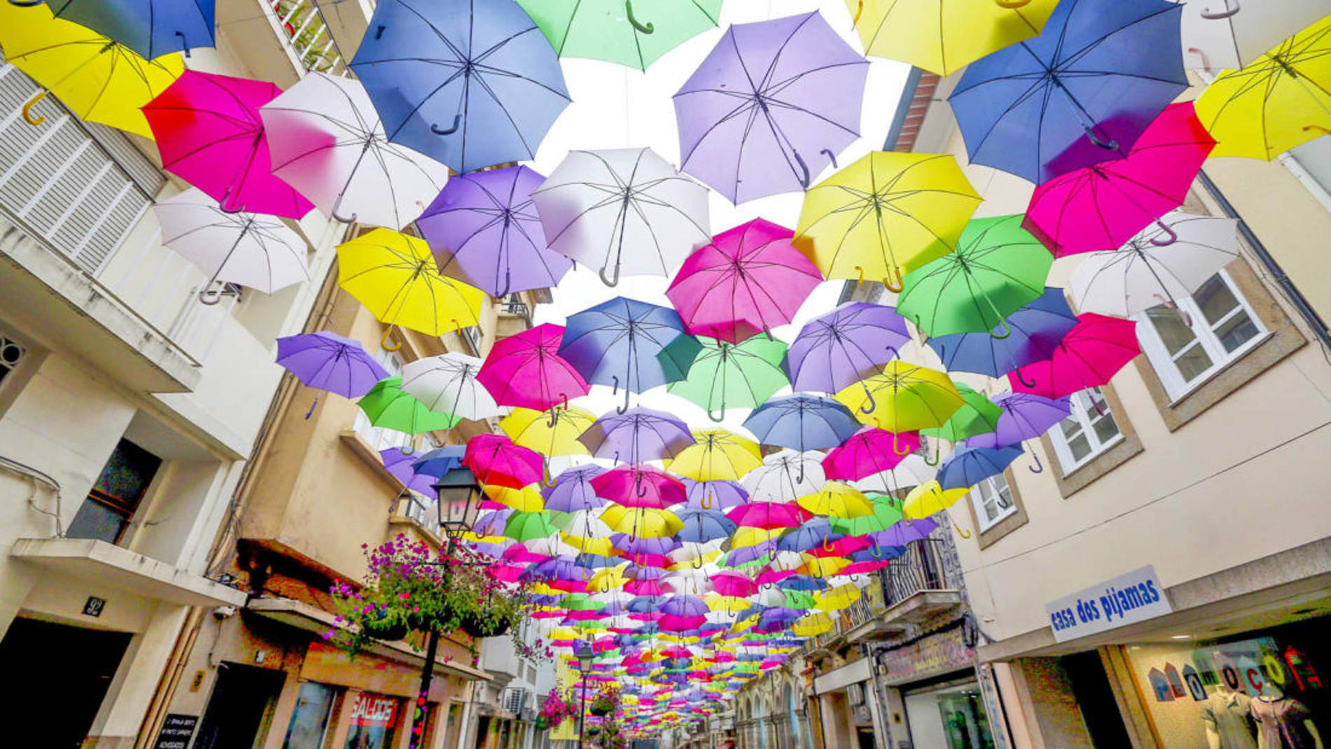 CNN - The world's most beautiful streets