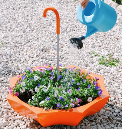 Floreira Colorida com bengala