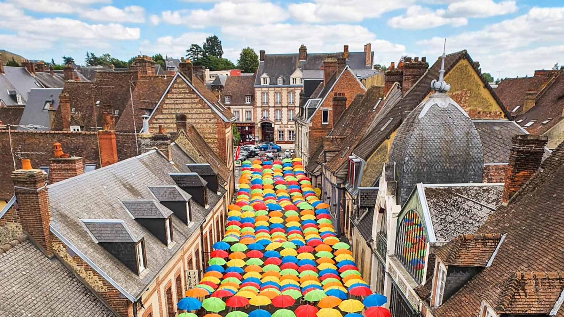 Umbrella Sky Project - L'Aigle'20