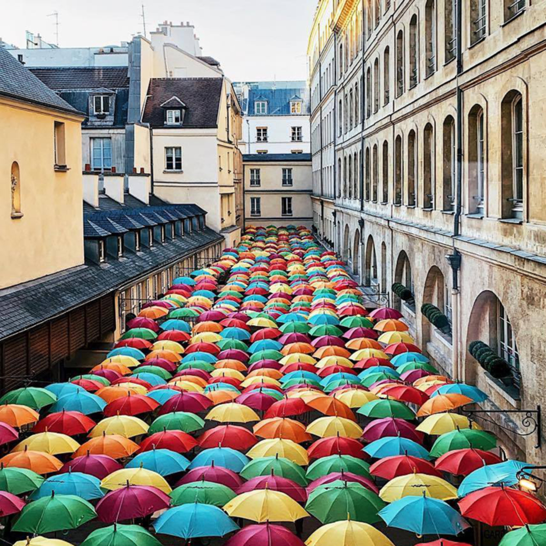 Umbrella Sky Project: Águeda Umbrellas Arrived in Paris