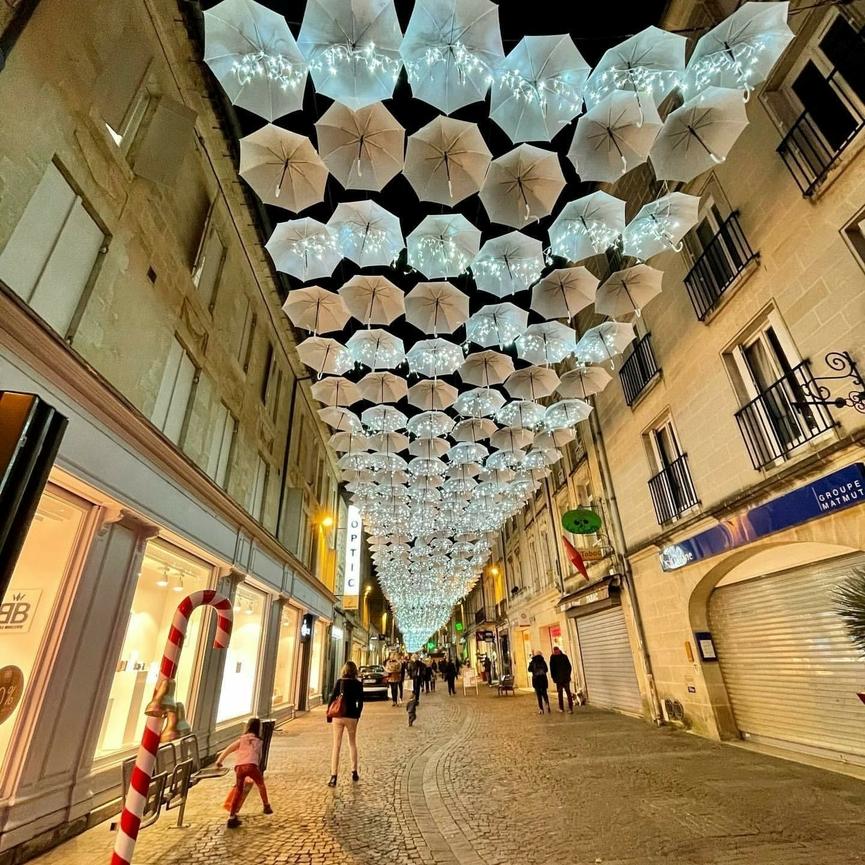 Umbrella Sky Project - Christmas Libourne'20
