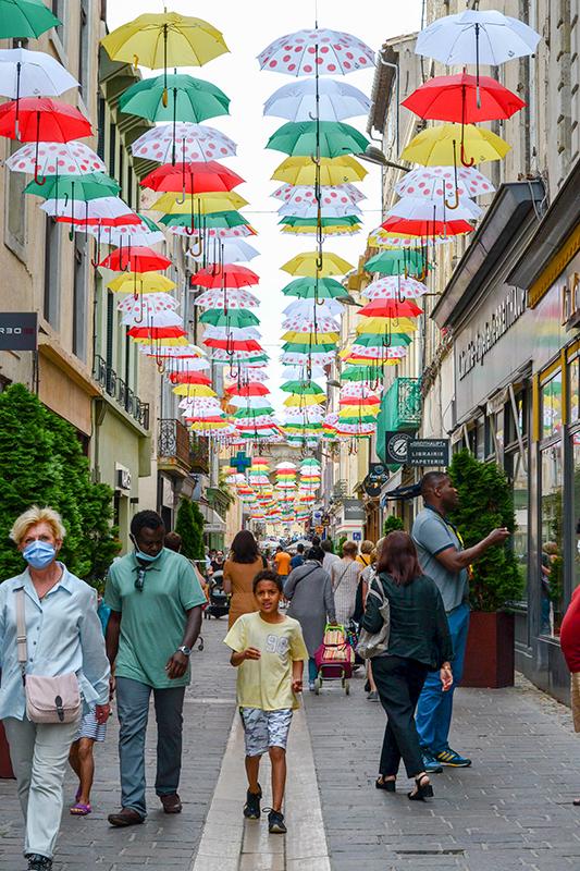 Umbrella Sky Project, Jardim Invertido - Carcassonne'216